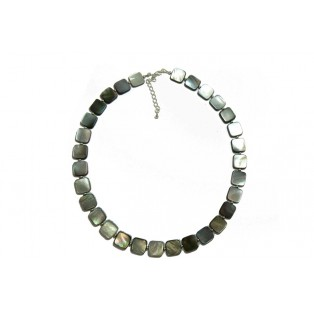 Shiny Black Mother of Pearl Necklace